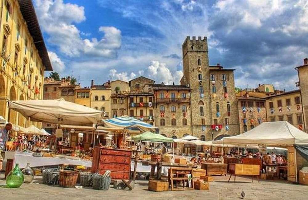 Tag fiera antiquariato arezzo cosa vedere e visitare ad for Arezzo antiquariato